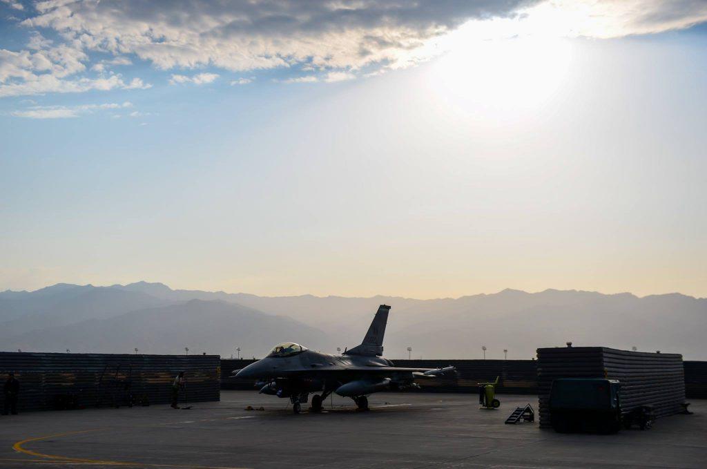 F-16 deployed to Southwest Asia
